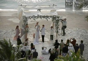 35c78910-b140-11e4-876e-3f784c6c25da_Johnny-Depp-Amber-Heard-wedding2