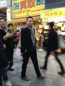 キアヌ東京1c46bd8f